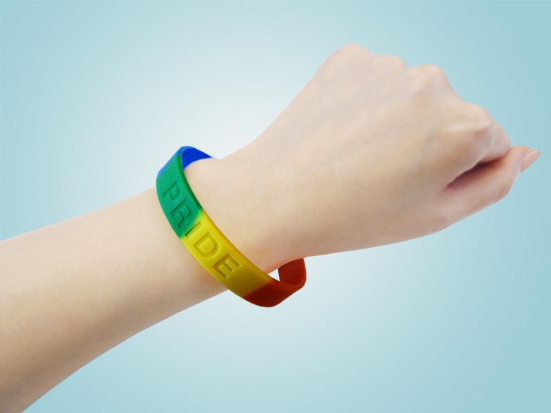pride-bracelets